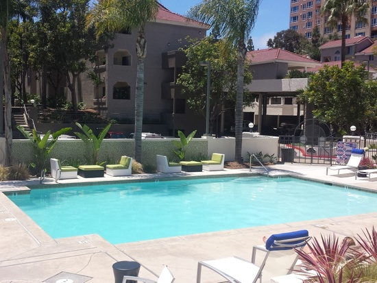 Awesome Axiom La Jolla Apartments